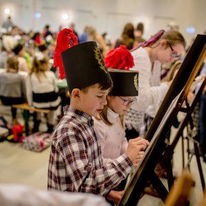 malujące dzieci